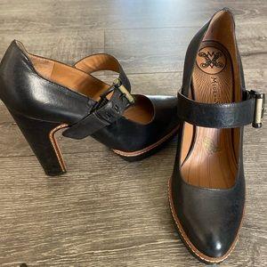 Modern Vintage heels ✨